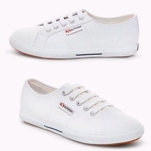 ⚡️host pick⚡️ Superga white vegan leather sneakers